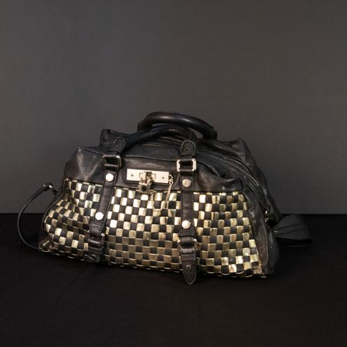MARC JACOBS  Golden checkerboard bag  Size : 33 x 40 cm used condition
