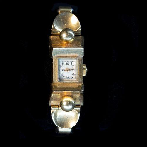 Montre de dame , boitier 15mm en or, mouvement mécanique  Vers 1930 40  Bracelet…
