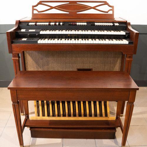 LOWREY Orgue électrique.  Vers 1970