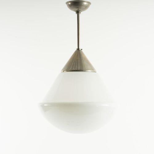 Heinrich Siegfried Bormann, lampe suspendue '624', c. 1939, H. 66 cm (avec suspe…
