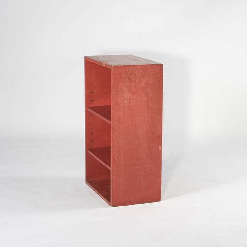 Peter Keler, Petite étagère, années 1930, H. 80 x 49 x 30 cm. Lattes de bois, pe…