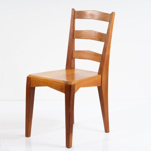 Menuiserie Scherrer, Dornach, 2 chaises anthroposophiques, années 1950, H. 90 x …
