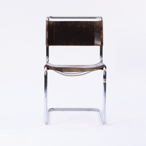 Marcel Breuer, 12 chaises 'B 33', 1927/28, H. 84,5 x 50 x 68 cm ; Tube : Ø 2,4 c…