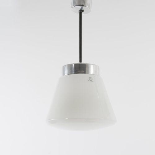 Hin Bredendieck, lampe suspendue '409b', c. 1929, H. 72 cm (avec suspension), D.…