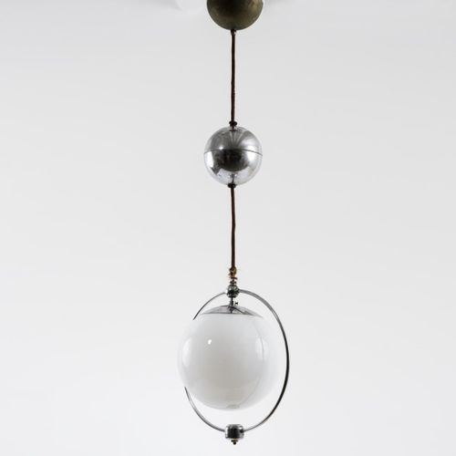Wolfgang Tümpel (style), Lampe pendante, c. 1927, H. 69 cm, D. 27 cm. Fabriquée …