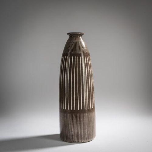 Hedwig Bollhagen, Vase, c. 1960, H. 41 cm. Fabriqué aux ateliers HB, Marwitz. Fa…