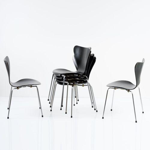 Arne Jacobsen, 6 chaises '3107', 1955, H. 78 x 48,5 x 47 cm. Fabriquées par Frit…