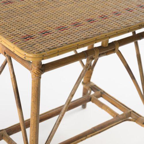 Italie, Banc, 2 fauteuils, table, porte fleurs, années 1940, Banc : H. 76,5 x 11…