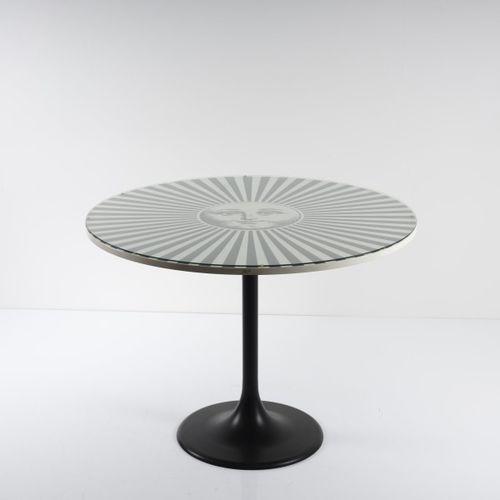 "Piero Fornasetti, table "" Sole Raggiante "", années 1950/60, H. 75 cm, P. 100 cm.…"