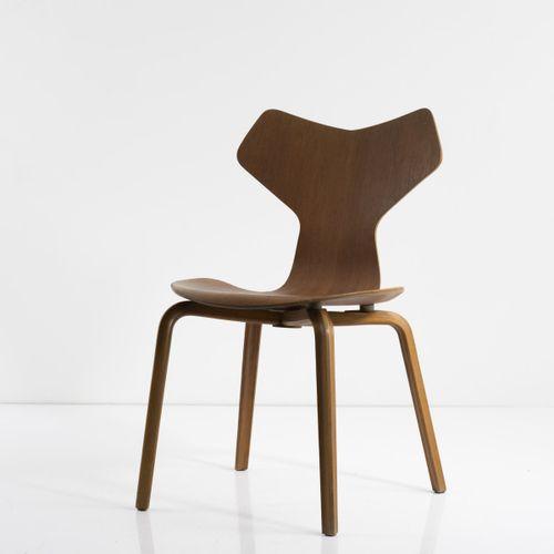 Arne Jacobsen, chaise 'Grand Prix', 1957, H. 80 x 48,5 x 52 cm. Fabriquée par Fr…