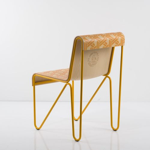 Gerrit Rietveld ; Joost Swarte, chaise 'Beugel', 1927 / 2018, H. 78 x 44 x 56 cm…