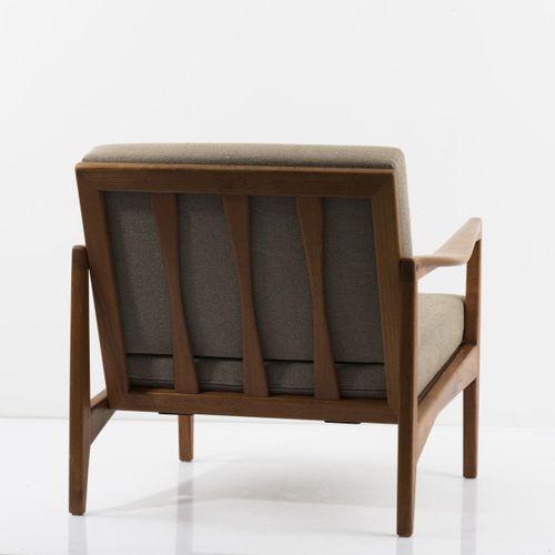 Svante Skogh, 2 fauteuils, c. 1957, H. 69 x 73 x 79,5 cm. Fabriqués par Olof Per…
