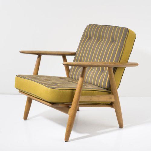 Hans J. Wegner, fauteuil 'GE 240', 1955, H. 73 x 68,5 x 79 cm. Fabriqué par Geta…