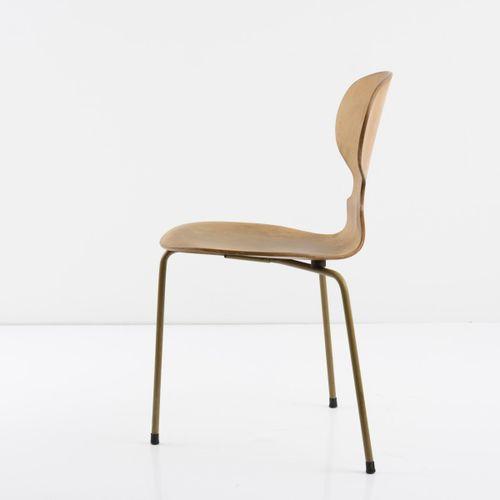 Arne Jacobsen, chaise 'Ant' '3100', 1952, H. 79 x 40 x 49 cm. Fabriquée par Frit…