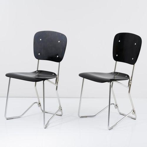 Armin Wirth, 2 chaises pliantes 'Aluflex', 1951, H. 83 x 43,5 x 47,5 cm. Fabriqu…