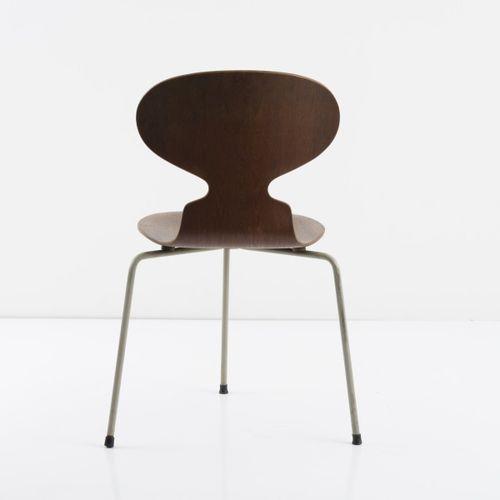 Arne Jacobsen, chaise 'Ant' '3100', 1952, H. 77,5 x 53 x 50 cm. Fabriquée par Fr…