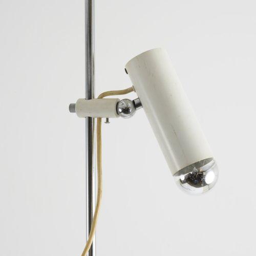 Gino Sarfatti , '1055 / SP' lampadaire avec deux spots, 1955, H. 188 cm. Réalisé…