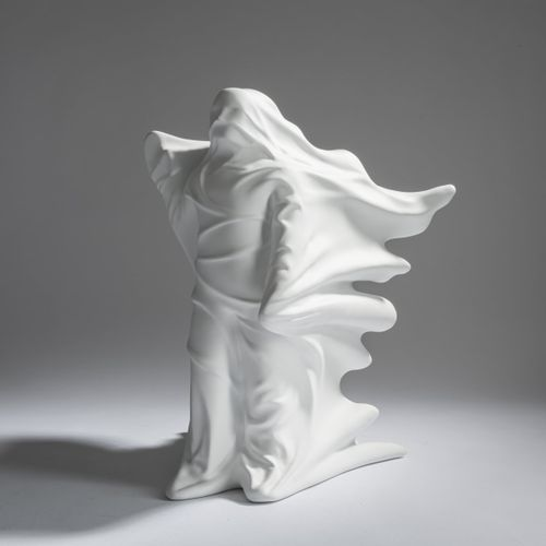 Daniel Arsham (1980 Cleveland, Ohio), 'Hollow Figure', 2018, Résine, moulage (mu…