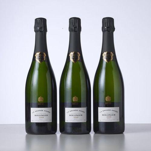 3 Bouteilles CHAMPAGNE LA GRANDE ANNEE  Année : 2005  Appellation : Bollinger  R…