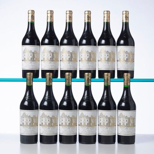 12 Bottles CHÂTEAU HAUT BRION  Year: 1996  Name: GCC1 Graves  Packaging : (Origi…