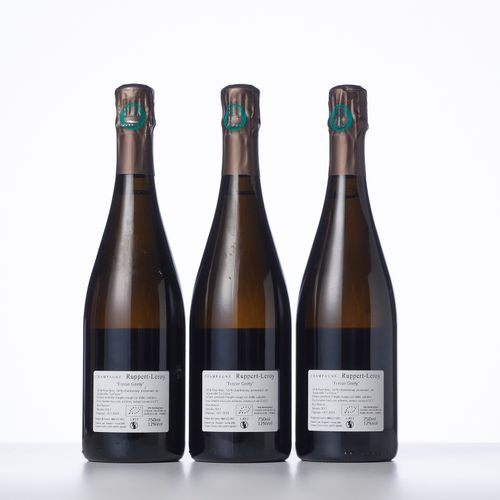 """3 Bouteilles CHAMPAGNE BRUT NATURE """"FOSSE GRELY""""  Année : 2017  Appellation : Ru…"""