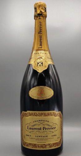 """Un magnum de champagne Laurent Perrier """"Vintage 1990""""."""
