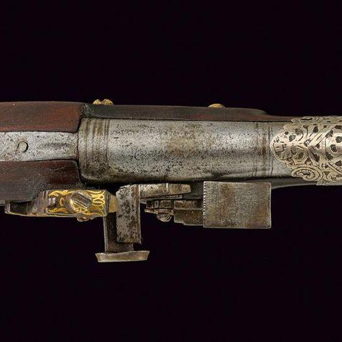 A very scarce flintlock pistol dating: First half of the 19th Century provenance…
