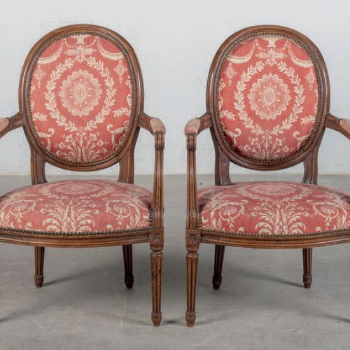 Pair of armchairs made of turned wood and upholstered with vegetable motifs. Lou…