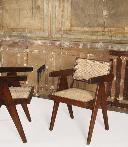 * JEANNERET PIERRE (1896 1967) Office armchair Suite de 6 fauteuils Teck et cann…