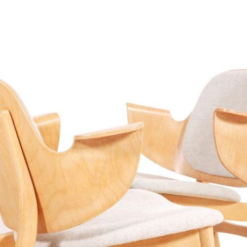 OLSEN HANS (1919 1992) Modèle M. 107 Suite de 4 fauteuils Teck et tissu Date de …