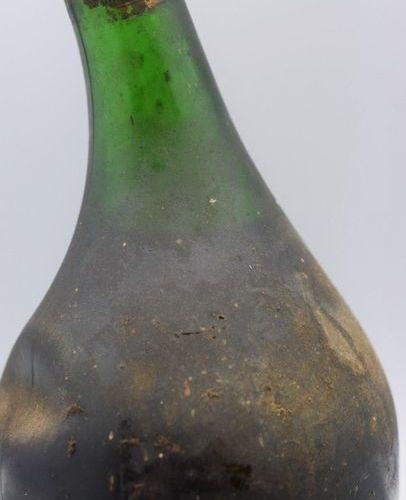 1 bottle ARMAGNAC Saint Vivant (old bottle, probably 1930s)