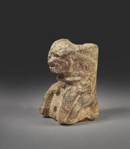 Jaguar assis Pierre brune Culture Zapotèque (?), Mexique H. 11 – l. 7 – Ep. 7 cm