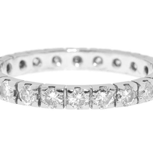 Anneau rivière or gris 750 serti de diamants taille brillant, doigt 58 18