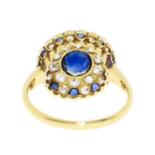 Bague début XXe s.,2 ors 750 sertie de saphirs ainsi que de diamants taille anc…