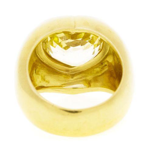 Bague or 750 sertie d'un saphir taille c'ur, doigt 55 15, 22g