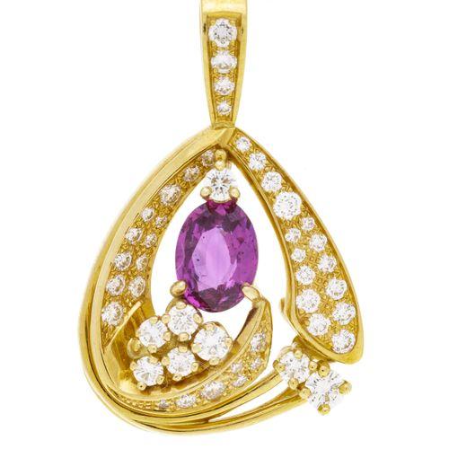 Pendentif or 750 serti d'un saphir rose taille ovale entouré de diamants taille …