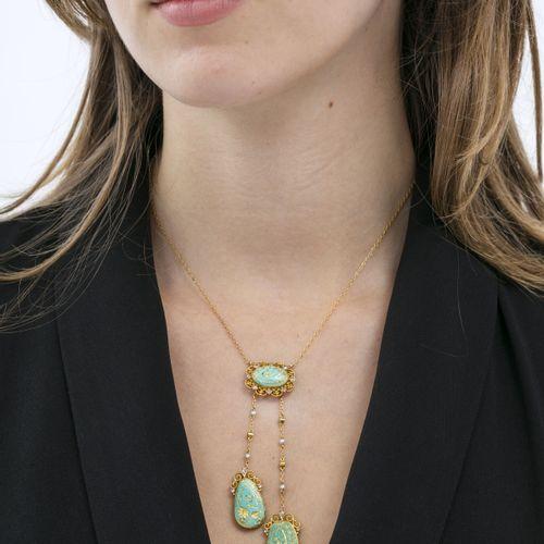 Collier 'négligé' or 750 à maille forçat alternée de perles et de diamants taill…