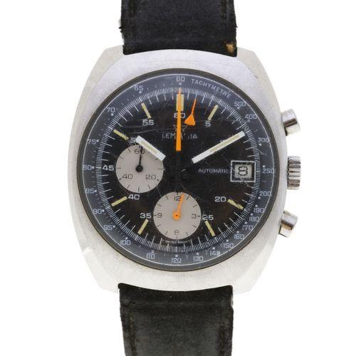 Lemania, réf. 9803, montre chronographe en acier avec indication de la date, ann…