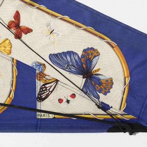 Hermès, cerf volant en soie enduite imprimé: Farandoles, renforts en plastique a…