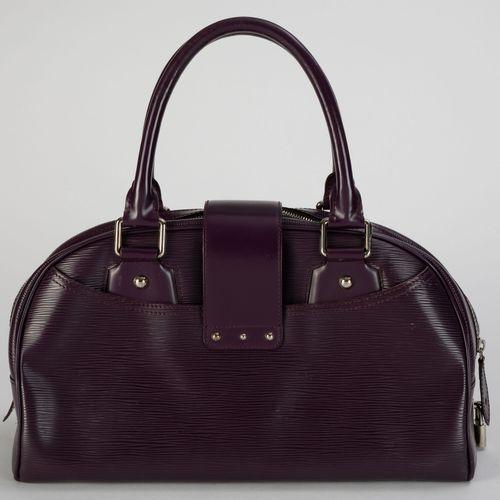 Louis Vuitton, sac Bowling Montaigne en cuir cassis, tirette et clochette avec 2…