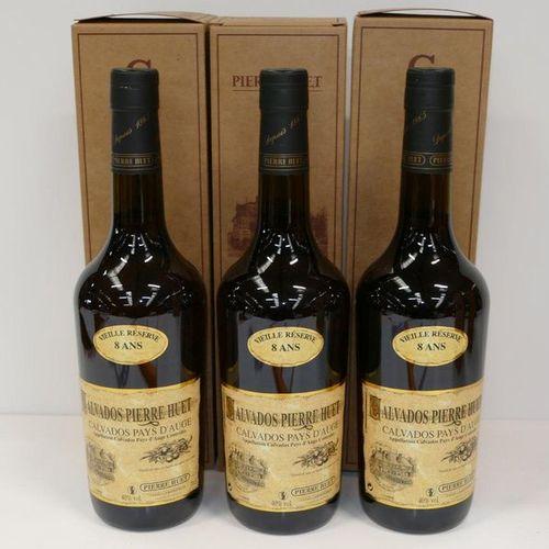3 Btles Calvados du Pays d'Auge Pierre Huet Vieille Réserve 8 years old in vat c…