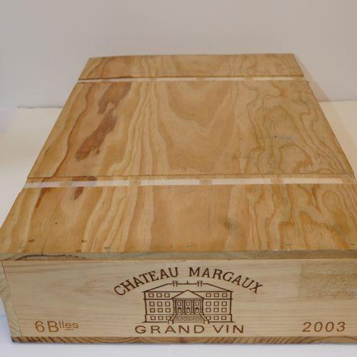 6 Btles Château Margaux 2003 1er GCC Margaux en caisse bois d'origine cerclée no…