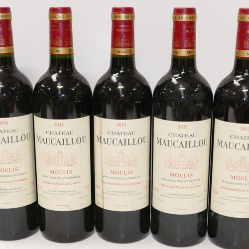 5 Btles Château Maucaillou 2013 Moulis 稍微有点脏的标签 专家:Emilie 和 Robert Gorreteau