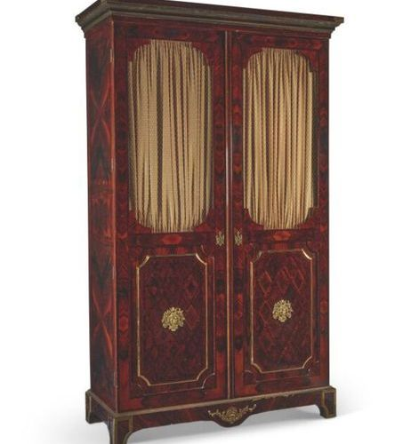■~ LOUIS XIV STYLE CABINET BEGINNING OF THE XXth CENTURY In violet wood veneer a…