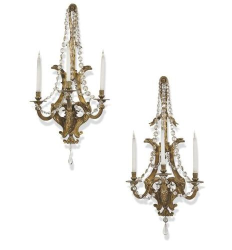 ■ PAIR OF APPLICATIONS OF STYLE LOUIS XVI AT THE END OF THE XIX CENTURY In chase…