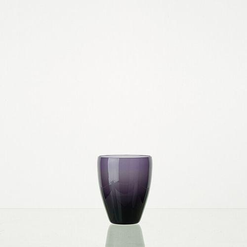 Lot composé de 8 verres MYRTILLE translucides H: 10cm