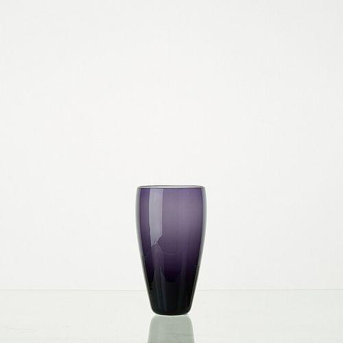 Lot comprenant:   6 verres MYRTILLE translucides H: +/ 12 cm