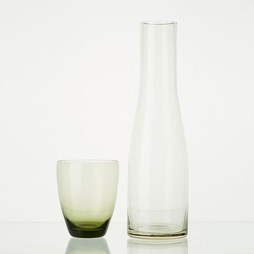 Lot comprenant:   1 carafe en verre translucide H: 28,5cm   6 verres WAGON trans…
