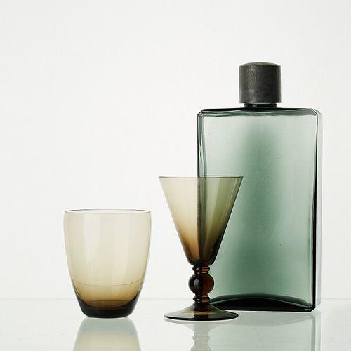 Lot comprenant:   5 verres ANTIQUES WENGE H: 13cm   5 verres WENGE H: 10cm   1 c…