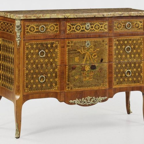 Large transition chest of drawers Rosewood, veneered as well as inlays of maple,…